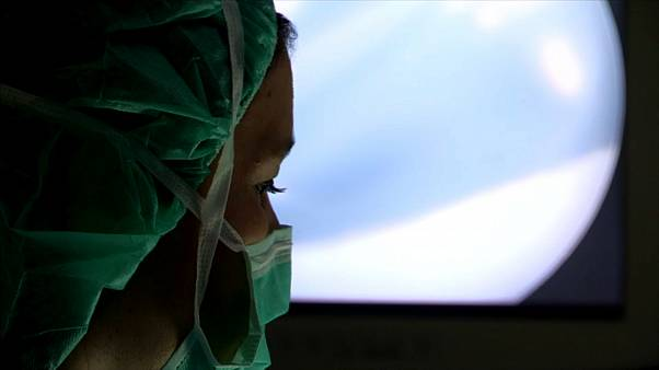 "Cirurgiões portugueses criam ""neovagina"""
