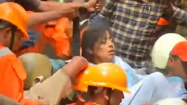Mumbai: 10-en meghaltak egy házomlásban, még sokan lehetnek a romok alatt