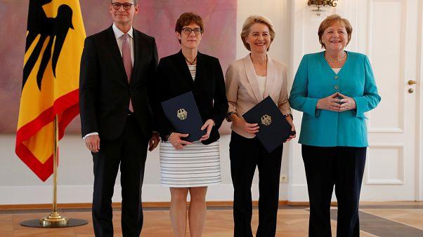 Germania: cambio della guardia al ministero della Difesa