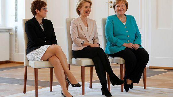 Annegret Kramp-Karrenbauer tritt Amt als deutsche Verteidigungsministerin an