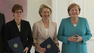 ألمانيا.. كارِنباور تتسلّم وزارة الدفاع خلفاً لفون دير لاين