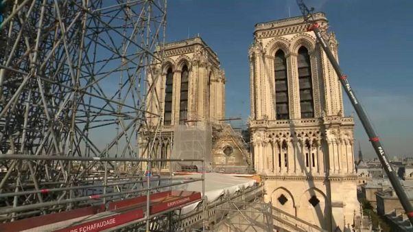 Képek a Notre-Dame belteréből, három hónappal a tűzvész után