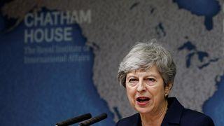 Theresa May despede-se com avisos ao próximo primeiro-ministro