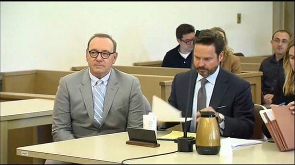 Fiscales de EEUU retiran cargos por una presunta agresión sexual de Kevin Spacey