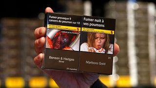 Türkiye sigara paketinde tek tip uygulamasına geçiyor: Uyarı mesajlarına kim nasıl karar veriyor?