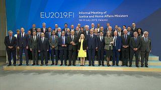 UE: Consiglio dei ministri dell'Interno, Francia e Germania contro l'Italia