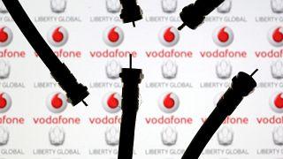 Felvásárolja a Vodafone a UPC-t