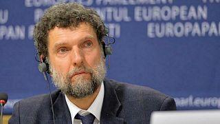 Gezi Davası: Mahkeme Osman Kavala'nın tutukluluğunun devamına karar verdi