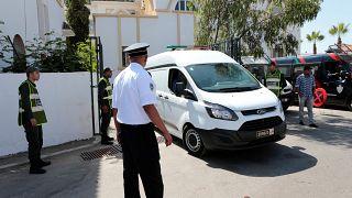 3 متطوعات بلجيكيات يغادرن المغرب بعد تهديدهن بالقتل بسبب ارتدائهن ملابس قصيرة