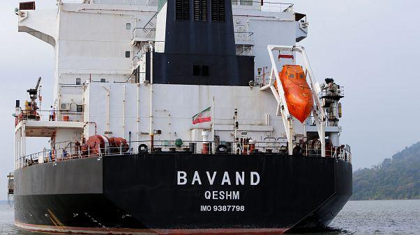 Szankciók miatt nem térhet haza két iráni teherszállító