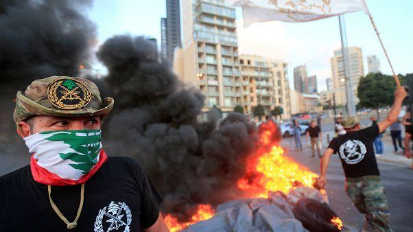احتجاجات قرب مقر البرلمان اللبناني في بيروت احتجاجا على خطة الحكومة التقشفية في موازنة 2019