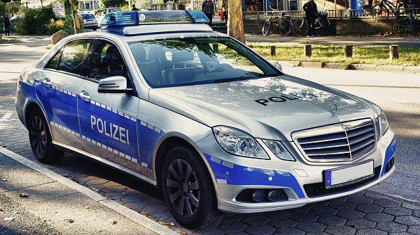 Einsatzfahrzeug der Polizei Hamburg, Mercedes-Benz W 212