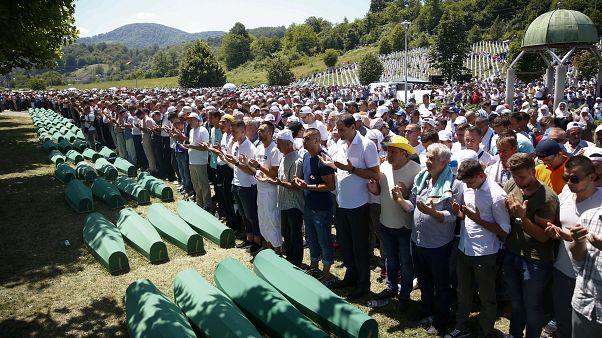 Holanda, parcialmente responsable de 350 muertes de la masacre de Srebrenica