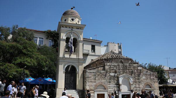 Atina 5,1 şiddetinde depremle sarsıldı