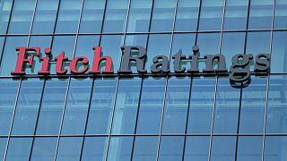 Fitch Türk bankaların kredi notunu düşürdü