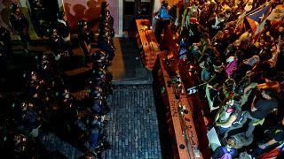 """Porto Rico : les manifestations appellent à la démission du gouverneur après les """"Rickyleaks"""""""