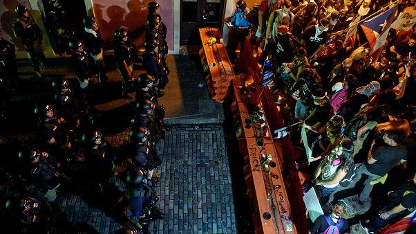 Puerto Rico: A tütetők a kormányzó távozását követelik