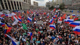 8 Eylül'de yapılacak yerel seçimler öncesi Moskova'da protesto