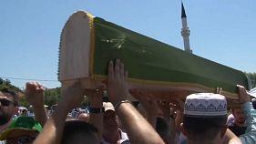 Bosnien: Kriegstote begraben