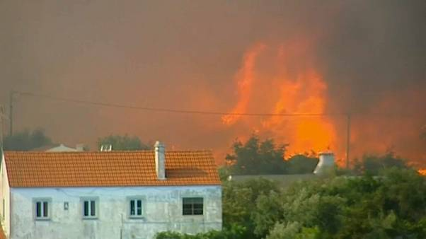 Portogallo spaccato in due dagli incendi