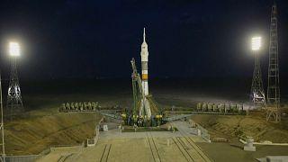 مركبة سويوز تنطلق إلى الفضاء في ذكرى مرور 50 عاما على هبوط الإنسان على سطح القمر