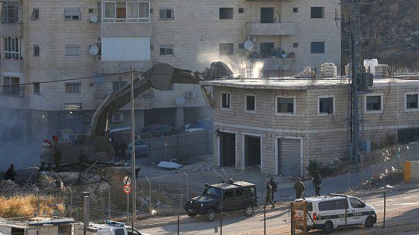 İsrail Doğu Kudüs'te Filistinlilere ait binaların yıkımına başladı