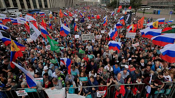 Planned daily protests follow huge Moscow rally over free and fair elections