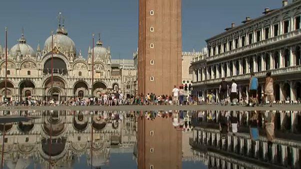 Η Βενετία «πνίγεται» στους...τουρίστες!
