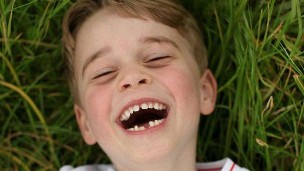 Mit Zahnlücke: Prinz George feiert 6. Geburtstag