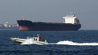 Великобритания обдумавает меры после захвата танкера