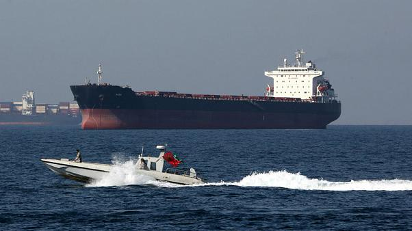 """Londres considera arresto de petroleiro """"inaceitável"""""""
