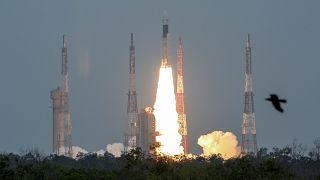 مهمة فضائية هندية لدراسة القطب الجنوبي للقمر
