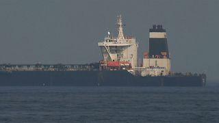 """Iran: """"Nessuno può violare la legge e l'ordine nello stretto di Hormuz"""""""