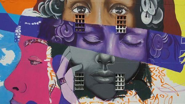 Graffiti sanatçıları Fas'ın Casablanca kentine renk kattı