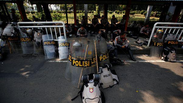 اندونيسيا تعتقل متشددا ينتمي لداعش كان يخطط لشن هجمات في عيد الاستقلال