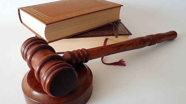 """Zu milde Strafe? Nur 14 Tage Haft für """"Desperate Housewife"""" Huffman nach Betrugsskandal"""