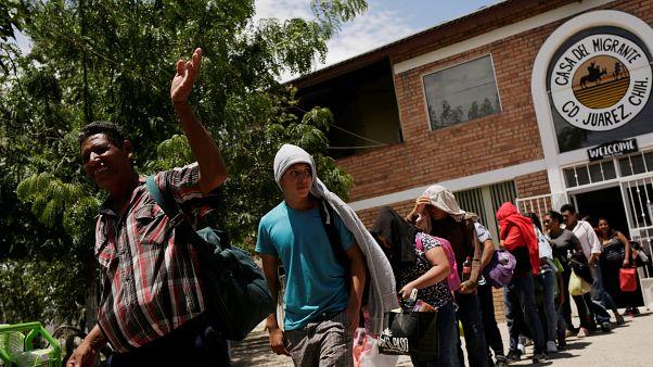 Мигранты возвращаются домой