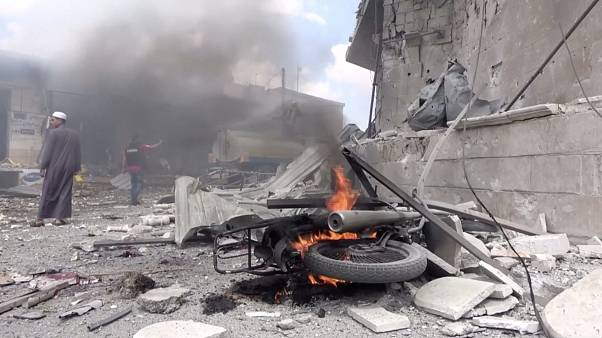المرصد السوري: مقتل 60 من الجيش السوري والمعارضة المسلحة باشتباكات شمال غرب سوريا