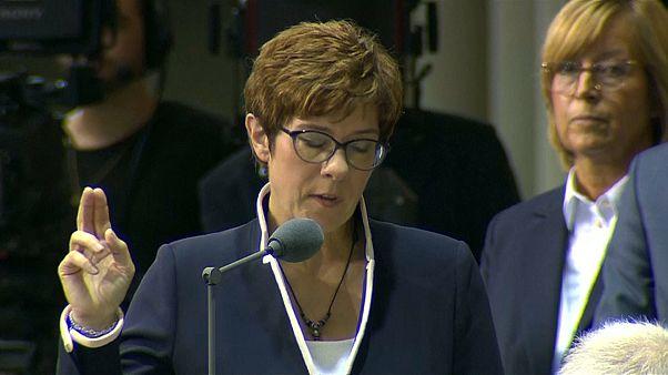 AKK jura su cargo de ministra de Defensa de Alemania