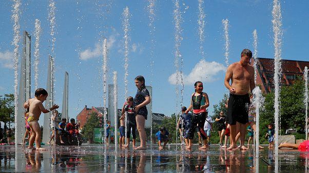فيديو: أوروبا تواجه ارتفاعاً قياسياً في درجات الحرارة