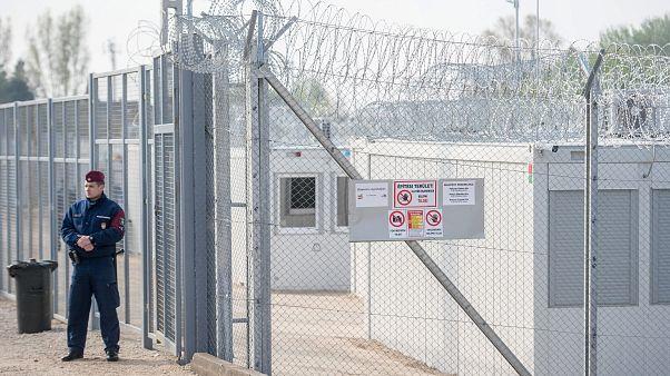 Perché l'Ungheria non dà cibo ai migranti nelle zone di transito - Euronews risponde