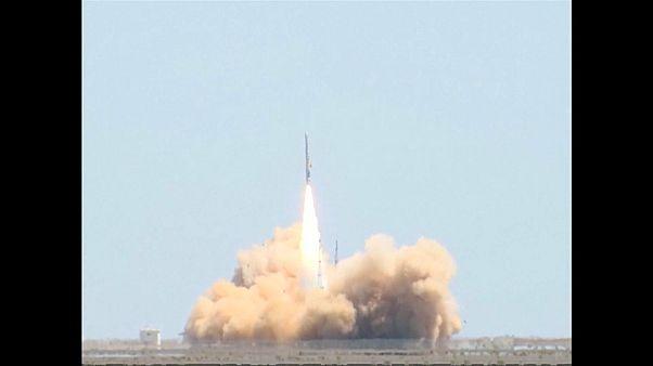 إطلااق صاروخ هايبربولا 1 من مركز جيوتشيوان لإطلاق الأقمار الصناعية في شمال الصين