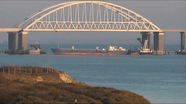 Российские моряки с задержанного Украиной танкера возвращаются домой - посольство РФ