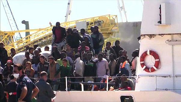 Около 150 мигрантов погибли при кораблекрушении у берегов Ливии - ООН