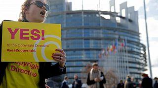 فرنسا أول دولة تتبنى إصلاحات الاتحاد الأوروبي لحقوق النشر