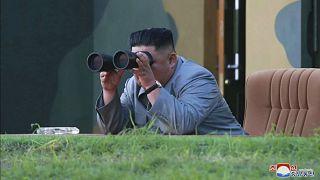 شاهد: كيم جونغ أون يشرف على اختبار سلاح تكتيكي من نوع جديد