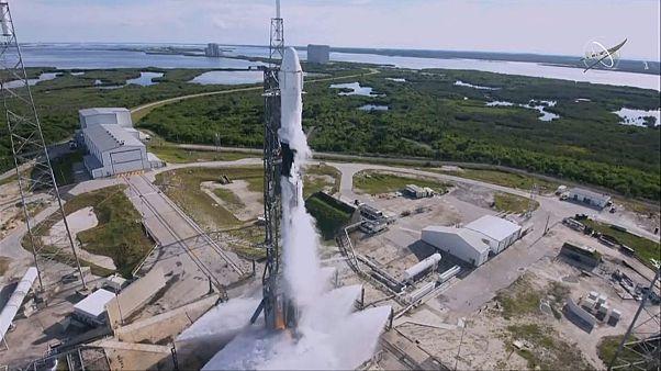 SpaceX leva aprovisionamento à Estação Espacial Internacional