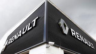6 aylık kârı çakılan Renault yıl sonu gelir hedefini düşürdü