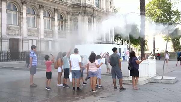 Франция: жара отступает