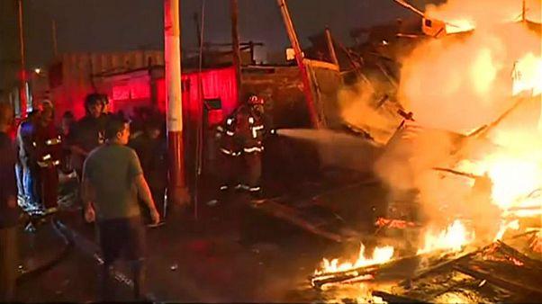 آتشسوزی مهیب در پرو بیش از ۲۰۰ خانه را سوزاند